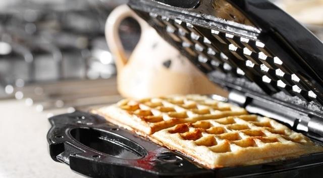 Как и какую вафельницу лучше выбрать: отзывы + видео