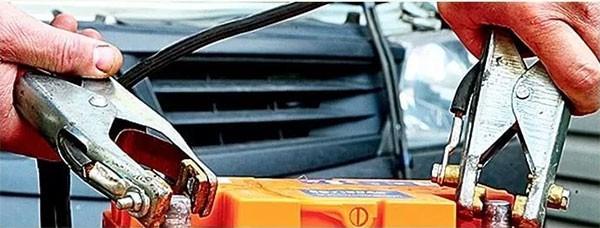 Зарядное устройство для автомобильного аккумулятора как выбрать: характеристики, отзывы + видео