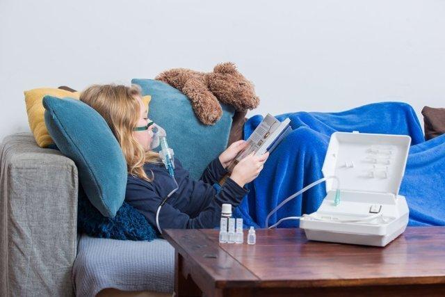 Ингаляторы для детей и взрослых для домашнего пользования: какой лучше (компрессорный или ультразвуковой) купить для дома, как выбрать, цена, отзывы