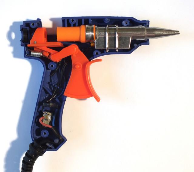 Клеевой пистолет для рукоделия как выбрать + фото и видео