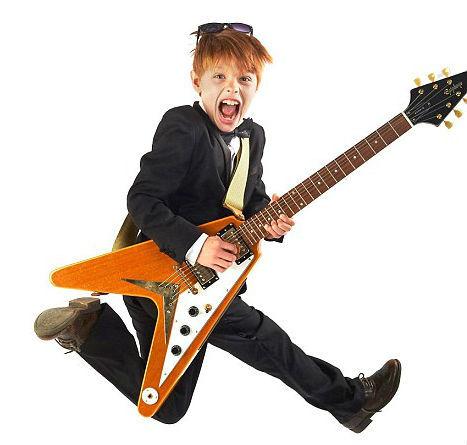 Как выбрать гитару: акустическую или электрогитару лучше купить для начинающих, какую выбрать с хорошим звучанием для ребенка?