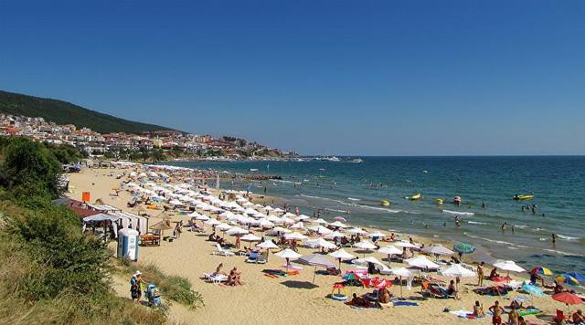 Какой курорт на море в Болгарии выбрать для семейного отдыха с детьми, отзывы о лучших
