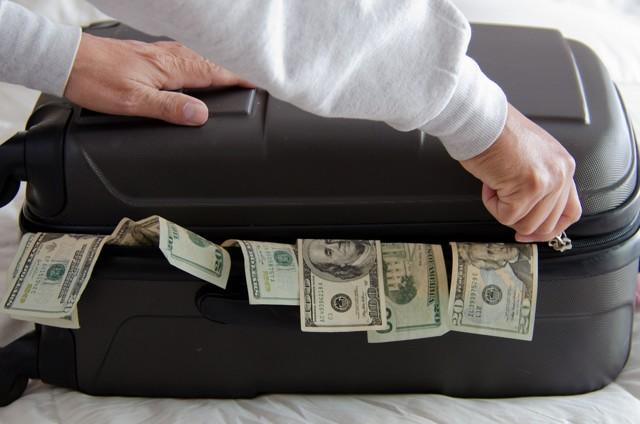 В какой банк лучше положить деньги под проценты в 2020: мнение экспертов