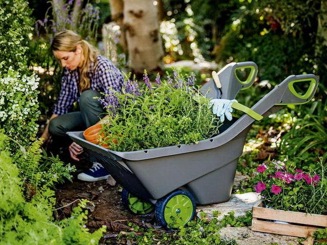 Как выбрать тележку хозяйственную для дачи и сада + фото