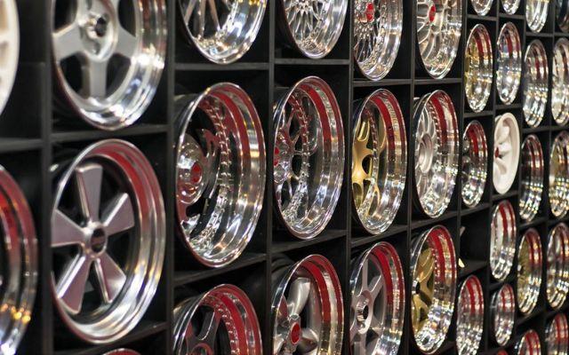 Какие диски лучше купить: кованые или литые, как правильно подобрать по марке автомобиля, отзывы